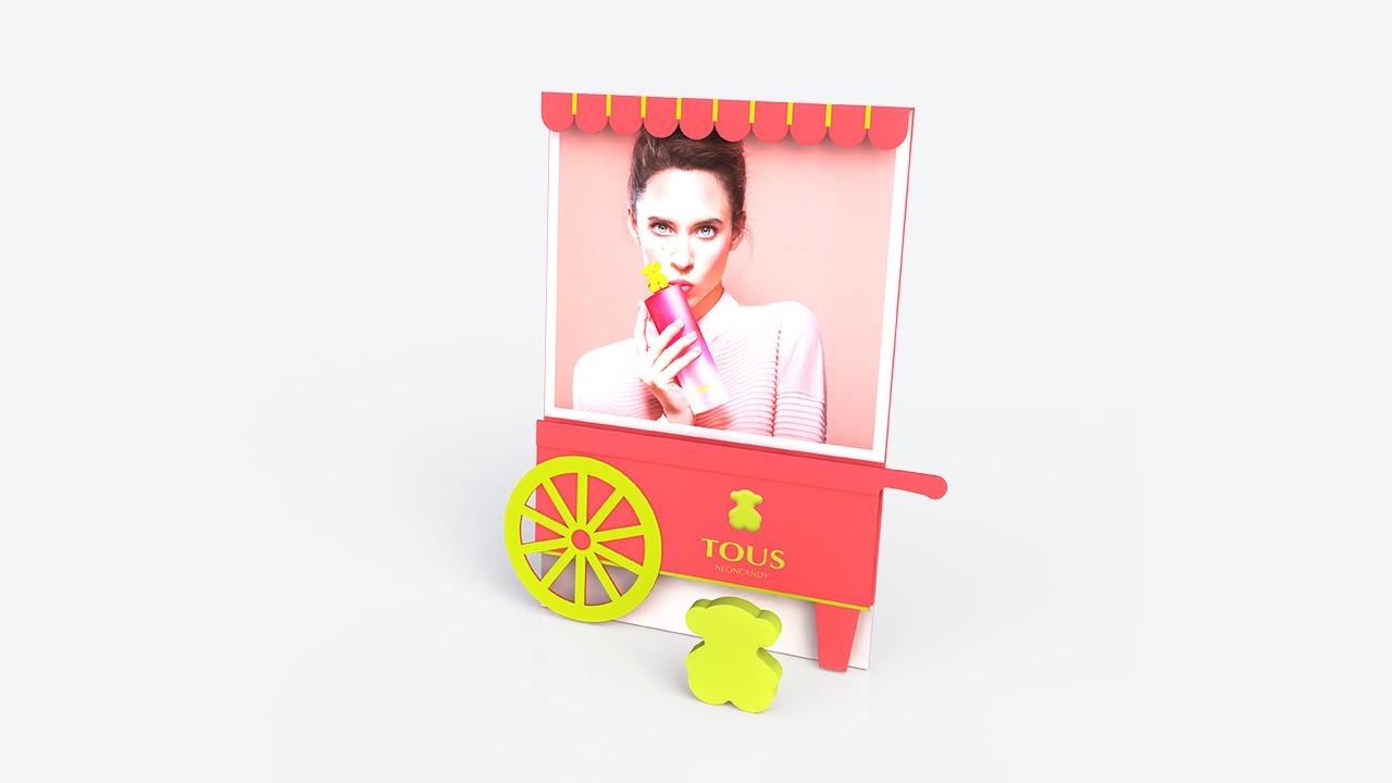 diseño y publicidad | escaparate tous | display | escaparate de cartón