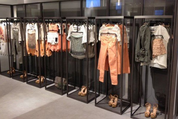 visual merchandising zara