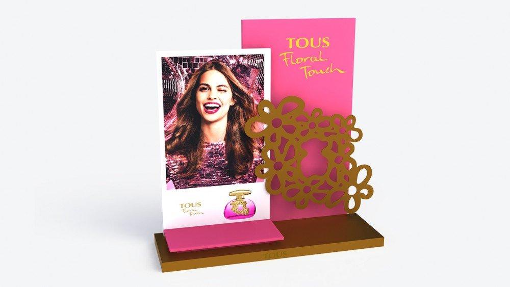 Escaparate cartón   Perfume Tous Floral Touch   Diseño y publicidad   plv